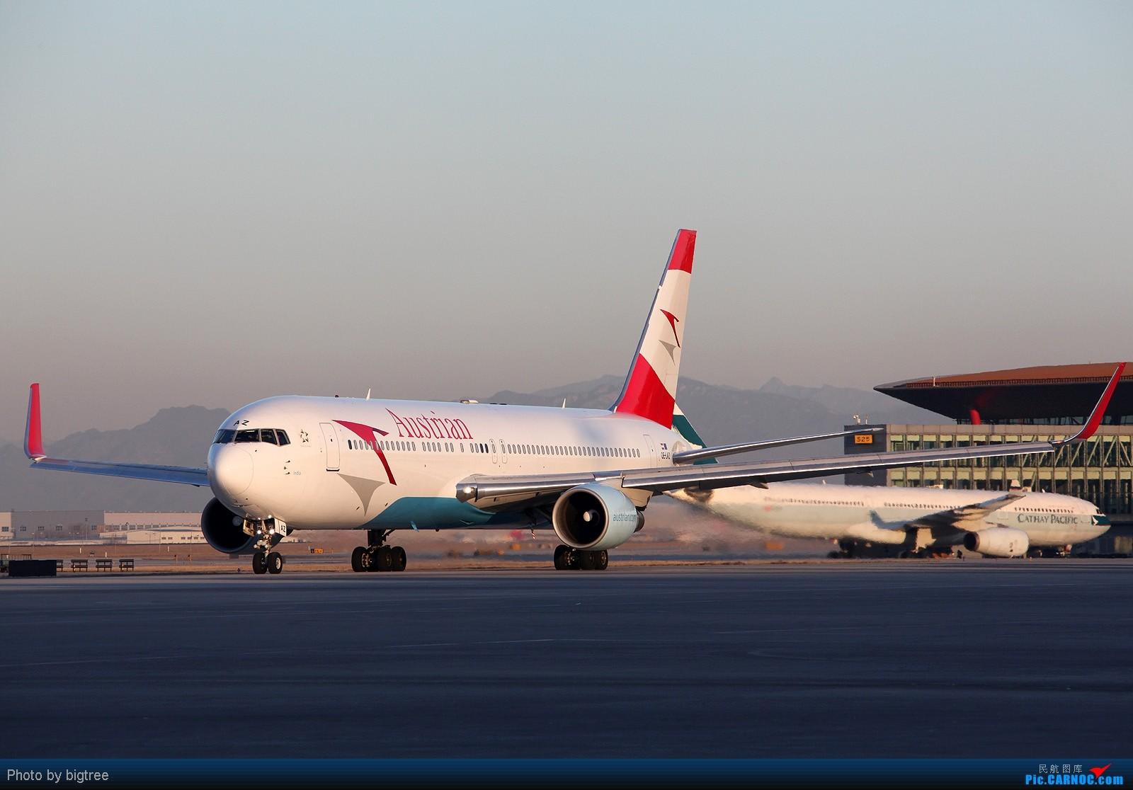 Re:[原创]杂图一大堆 BOEING 767-300 OE-LAZ 中国北京首都机场