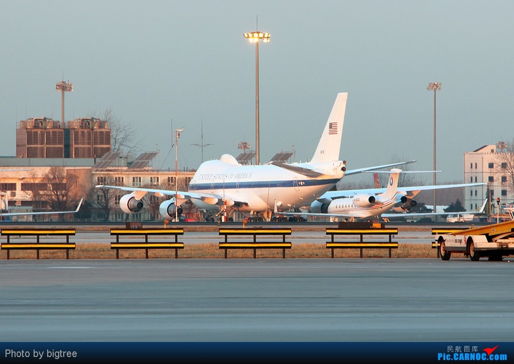 Re:[原创]杂图一大堆 BOEING 747 31676 中国北京首都机场