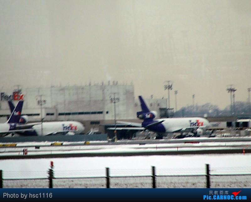 Re:[原创]纽约,华盛顿之行。关键词:Air Tran, Boeing 717, 无畏号航母,史密森航空博物馆,大雪延误,标题要长...    美国纽瓦克机场