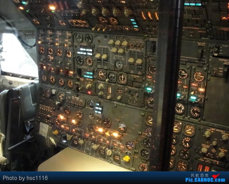 Re:[原创]纽约,华盛顿之行。关键词:Air Tran, Boeing 717, 无畏号航母,史密森航空博物馆,大雪延误,标题要长... BOEING 747-200