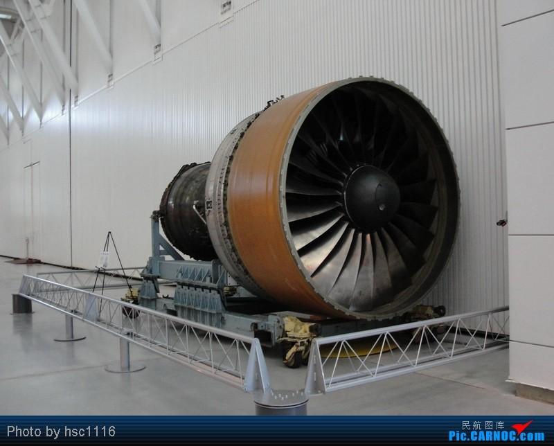 Re:[原创]纽约,华盛顿之行。关键词:Air Tran, Boeing 717, 无畏号航母,史密森航空博物馆,大雪延误,标题要长... BOEING 777-200