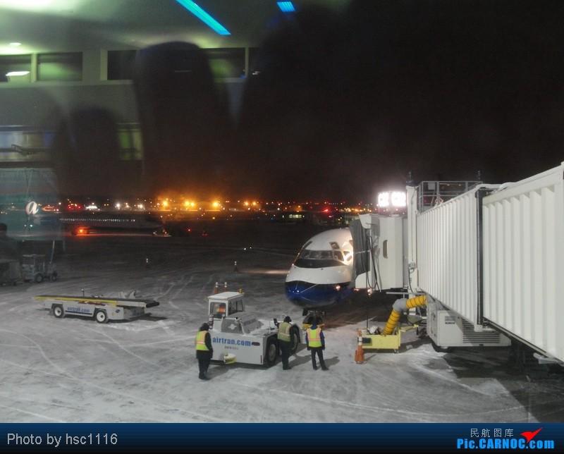 Re:[原创]纽约,华盛顿之行。关键词:Air Tran, Boeing 717, 无畏号航母,史密森航空博物馆,大雪延误,标题要长... BOEING 717-200  密尔沃基