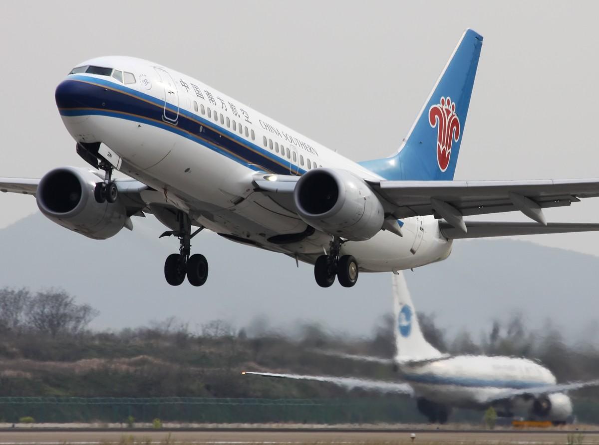 Re:[原创]无敌天 变成 小烂天,还好,还好…… BOEING 737-700 B-5241 中国南京禄口机场