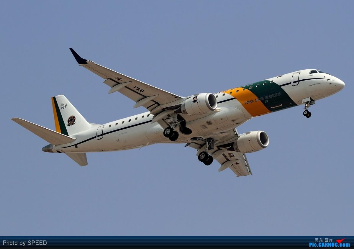 怕什么来什么飞机来了跑道却换了,狂奔20公里为了巴西、西班牙、棒子的飞机,附赠联想广告机 EMBRAER ERJ-190 B-2591 中国北京首都机场
