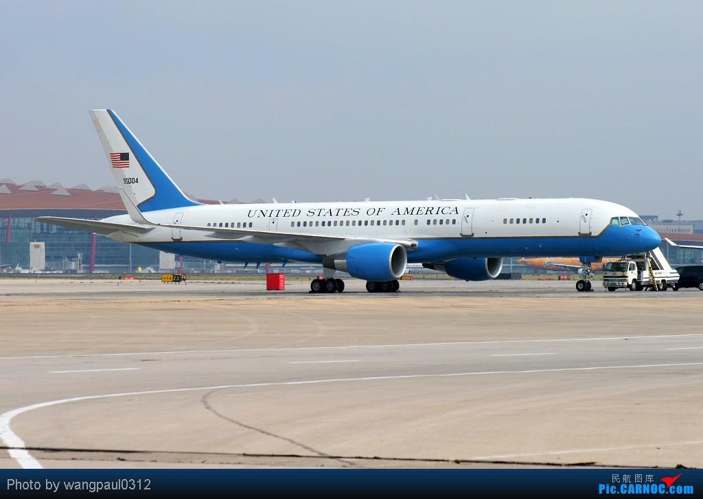 发几张不多见的,USAF//阿三//长城//西阿勾 BOEING 757-200 (C-32) 99-0004 北京首都国际机场