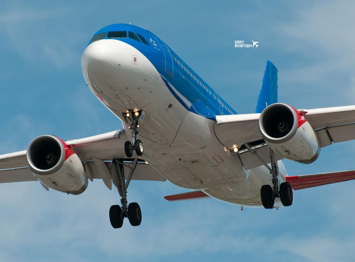 Re:[原创]今晚的温布利一定沸腾,飞机若干,今天伦敦街头一张。 AIRBUS A319-100 G-DBCK 英国伦敦希思罗机场