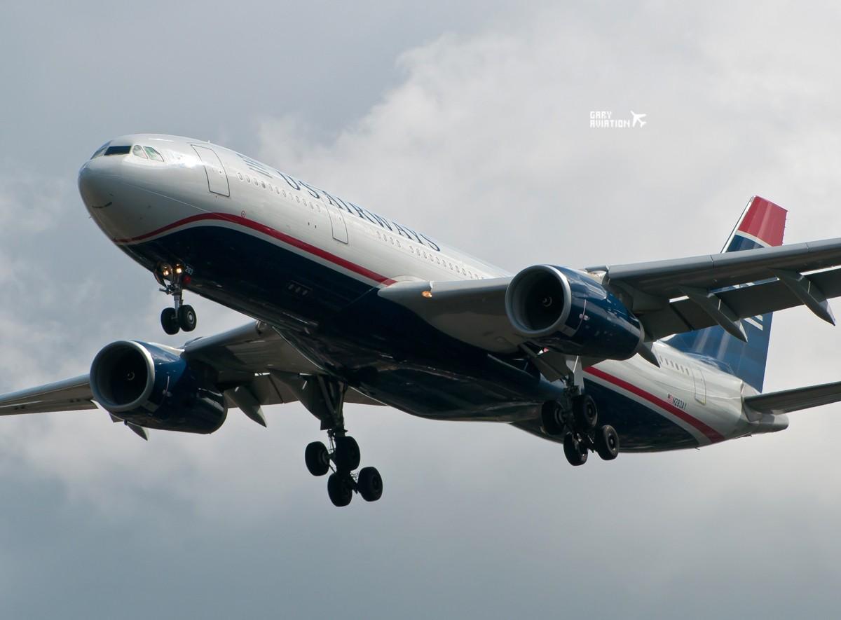 Re:[原创]今晚的温布利一定沸腾,飞机若干,今天伦敦街头一张。 AIRBUS A330-200 N283AY 英国伦敦希思罗机场