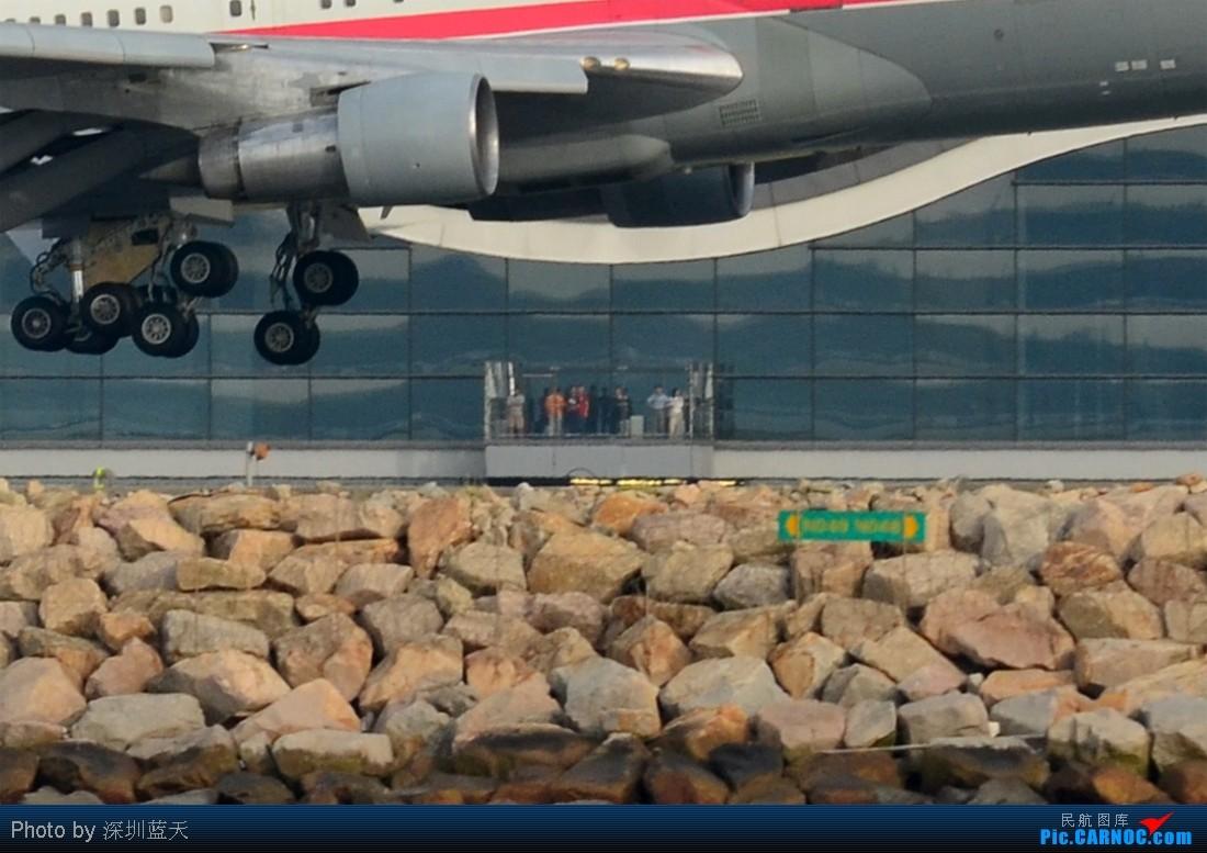 Re:[原创]【深圳飞友会】昨天香港拍机的最大收获,拍到一架GE飞机发动机测试机Boeing 747-100