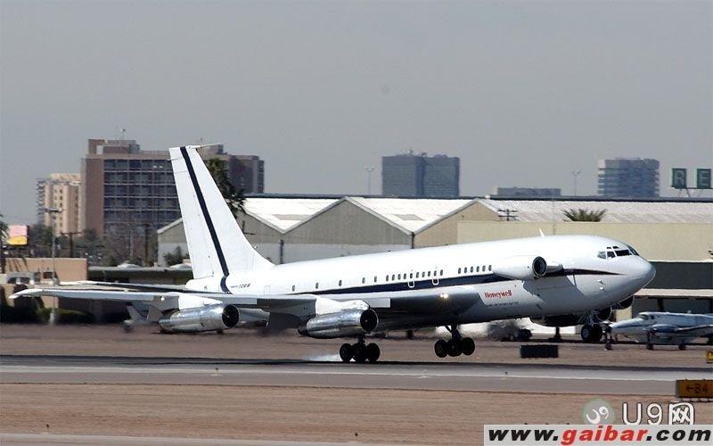 Re:[原创]【深圳飞友会】昨天香港拍机的最大收获,拍到一架GE飞机发动机测试机Boeing 747-100 BOEING 707