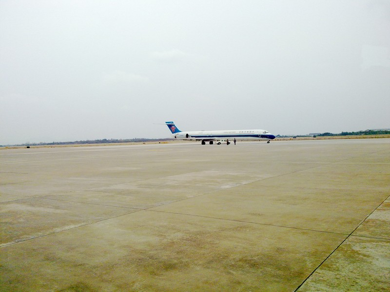 Re:[原创]又一架MD90离开了.B2261正在去美国的路上 MCDONNELL DOUGLAS MD-90-30  中国南京禄口机场