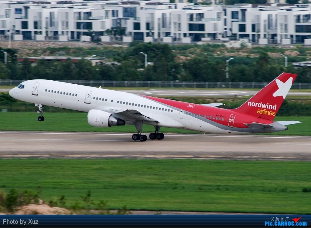 Re:[原创]近来杂图一堆,有东航云南公司等等 BOEING 757-200 VQ-BJK 中国三亚凤凰机场
