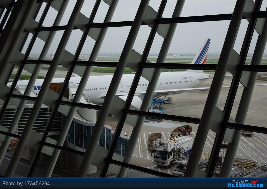 Re:[原创]HRB-HKG VIA PVG BOEING 777-300 F-GZNC 中国上海浦东机场