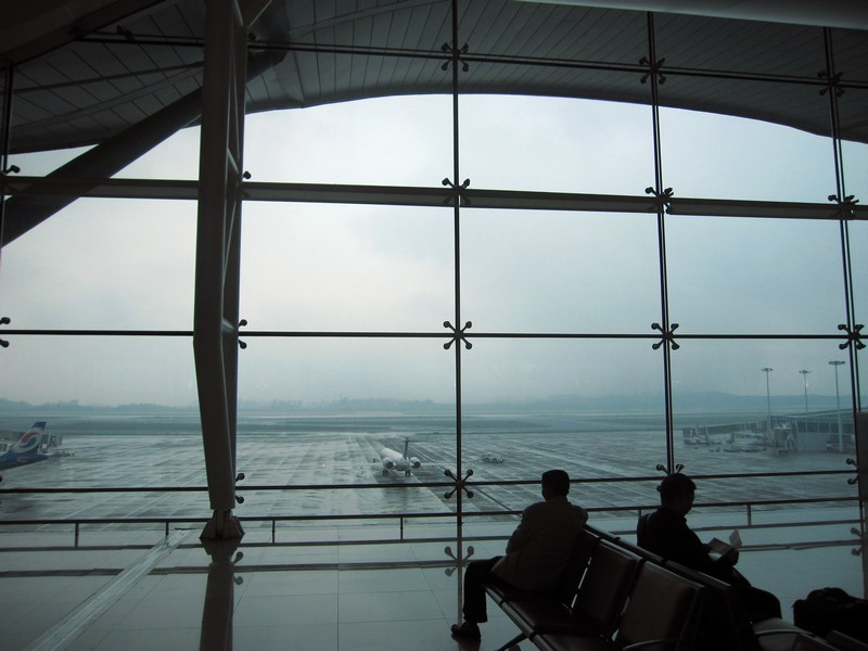 Re:[原创]7月重庆拍机帖,藏航319,长荣MD90~~多图杀猫,慎入(65P)    中国重庆江北机场