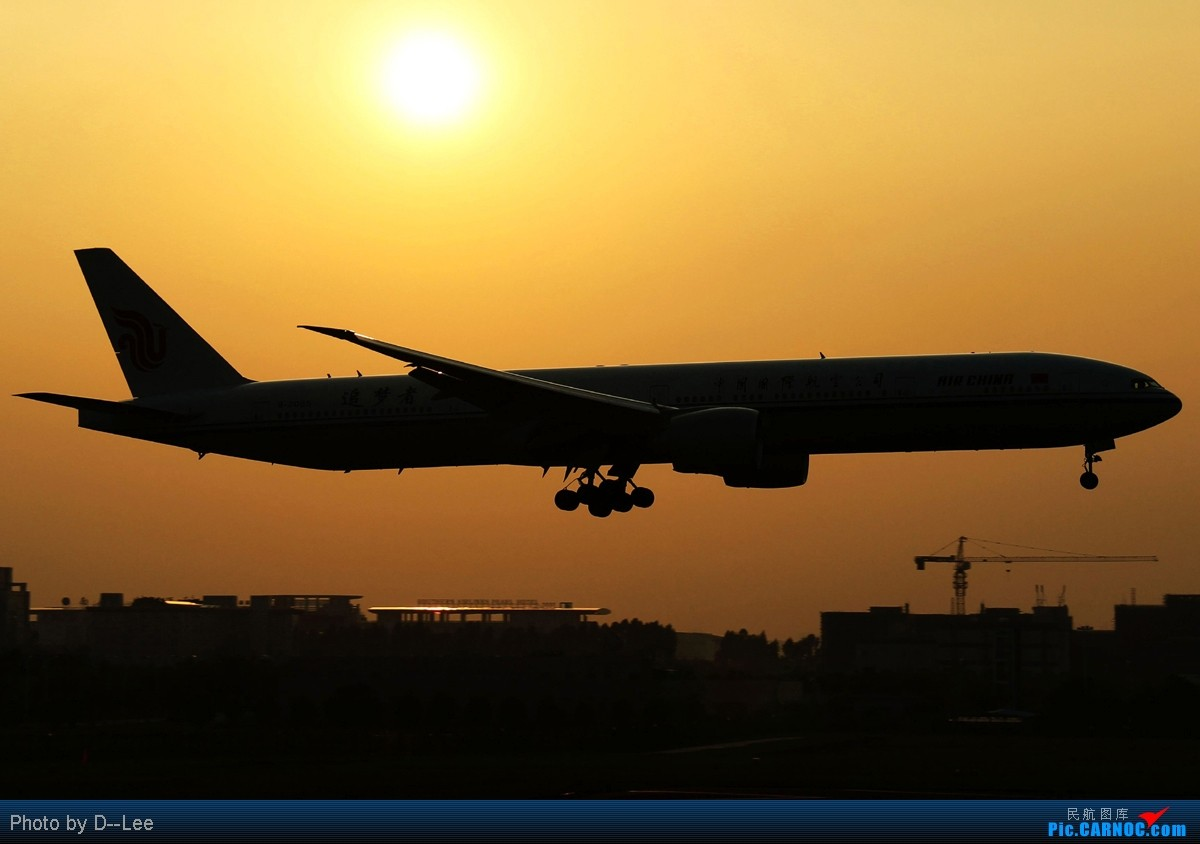 【广州,你好】-许久没来,上来贴几个剪影,冒个泡 BOEING 777-300ER B-2085 中国广州白云机场
