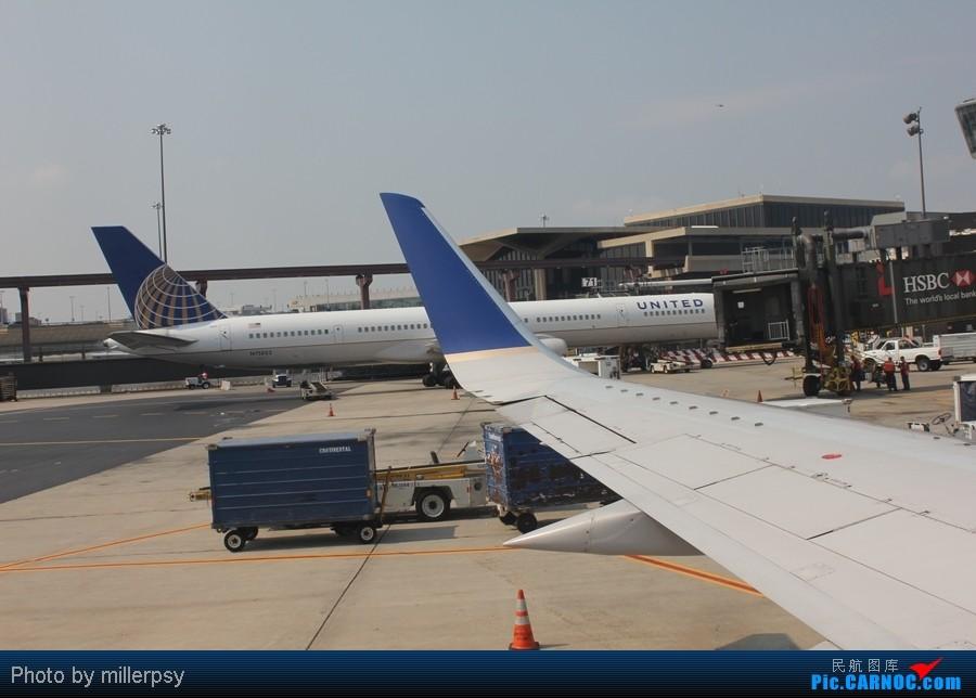 Re:[原创]超短途的飞行,从纽约到波士顿 BOEING 757-300 N75853 美国纽瓦克机场