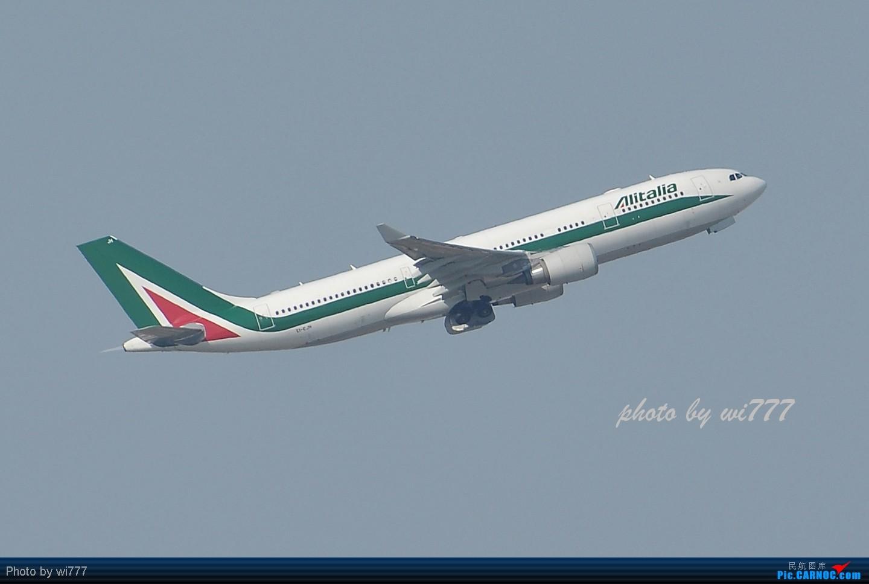 Re:[原创]换新镜头后第一帖!!!初探T3东跑神仙位!!各种外航!!各种给力的大坡度爬升! AIRBUS A330-200  首都国际机场