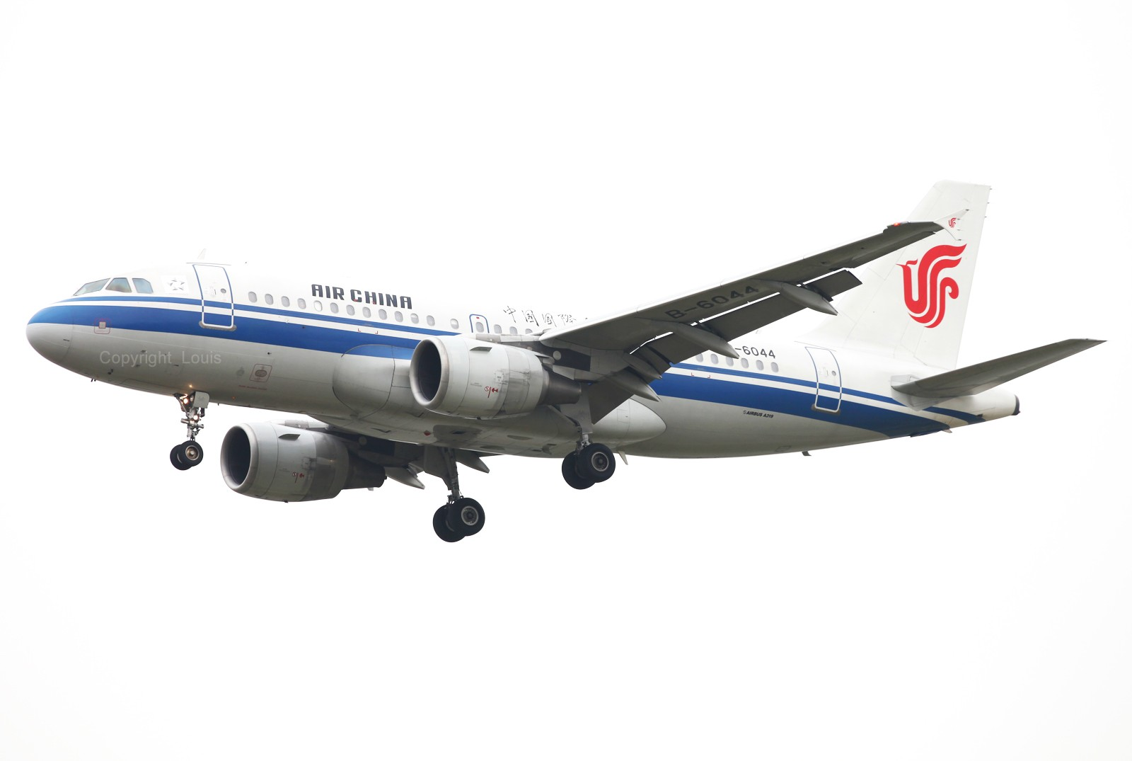 Re:[原创]好天儿啊~~~~~~~~~~~~~~~~~~~~~~~发两张图冒个泡儿 AIRBUS A319-100 B-6044 中国北京首都机场