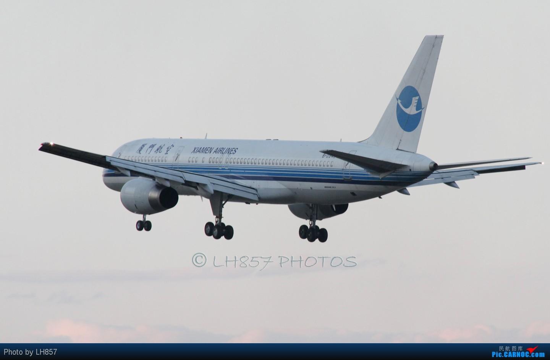 Re:[原创]再次光临PEK,八卦台各种给力和不给力,凉爽的T3大桥 BOEING 757-200 B-2849 中国北京首都机场