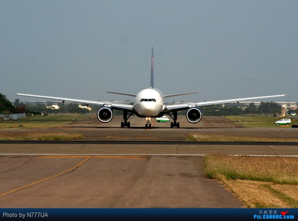 Re:[原创]10/31/2011 遠東航空首航桃園-石家莊&長榮Magic of Kitty首航北海道札幌 BOEING 777-200/ER N864DA RCTP
