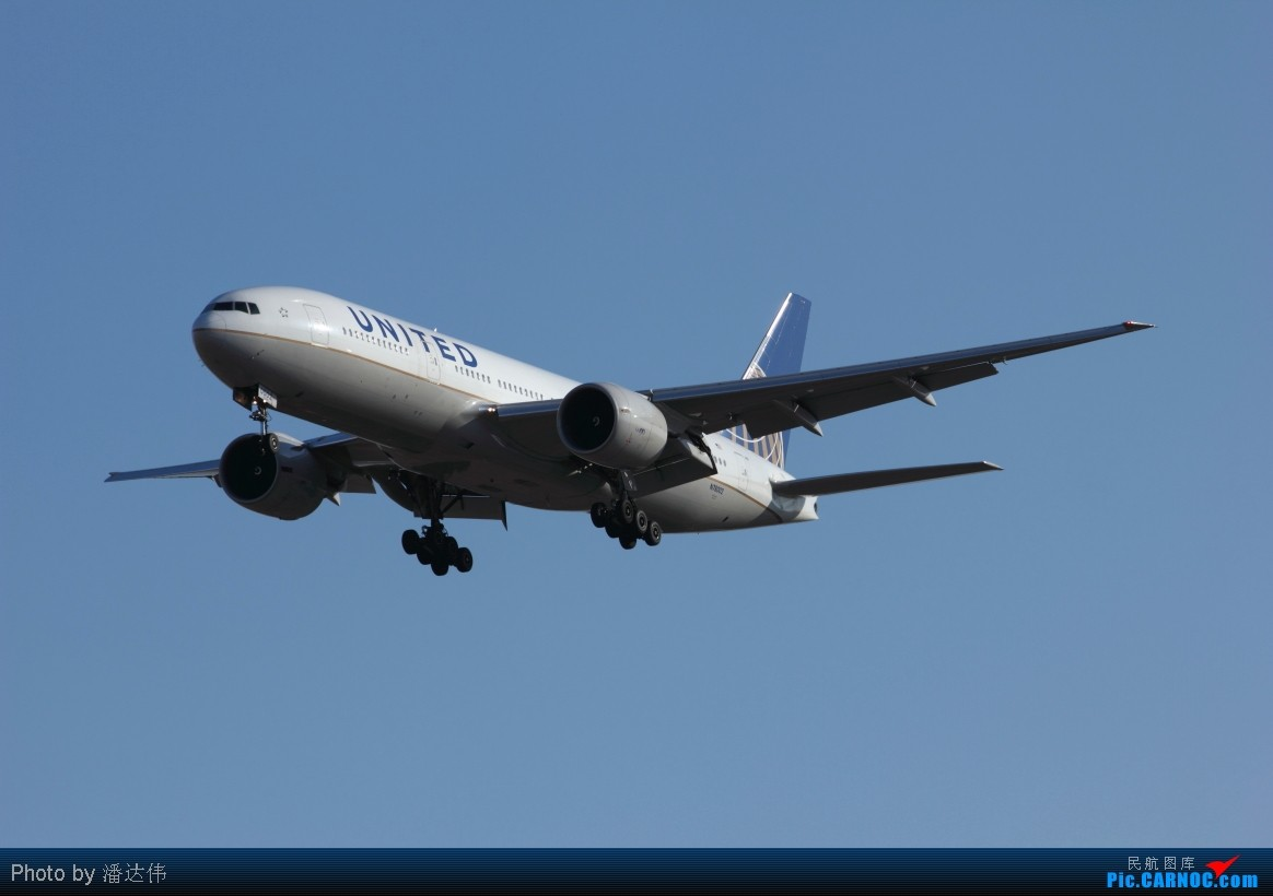 Re:[原创]新人~今天好天气在PEK拍机~几家外航和蓝胖子~ BOEING 777-200 N78002 中国北京首都机场