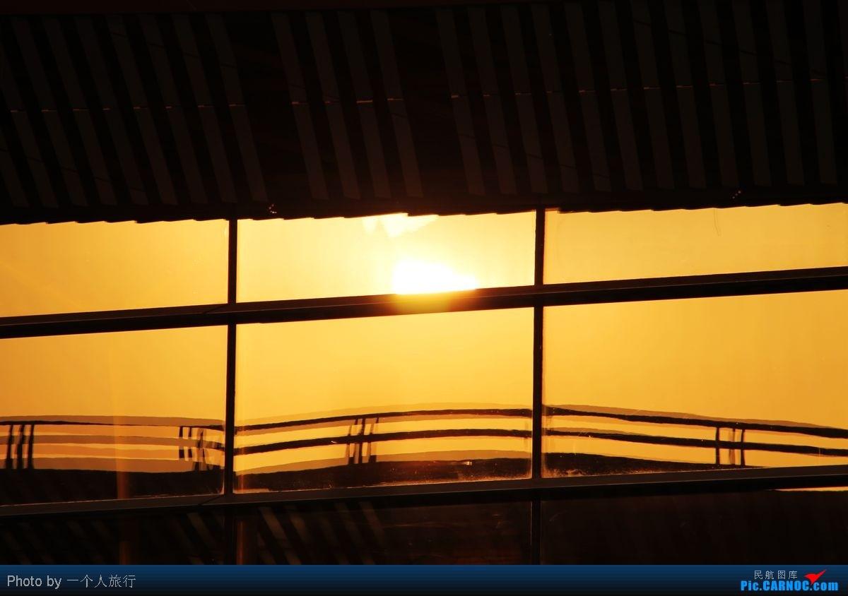 Re:[原创]PEK周末天气大变脸,各种偶遇各种第一次拍……吼吼    中国北京首都机场
