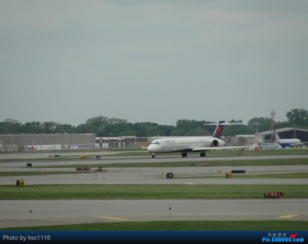 Re:[原创]5月份的回国,冷饭必须炒了。KMSP-KSEA-ZBAA-ZHHH. CDONNELL DOUGLAS MD-90 N909DA 美国明尼阿波利斯—圣保罗机场