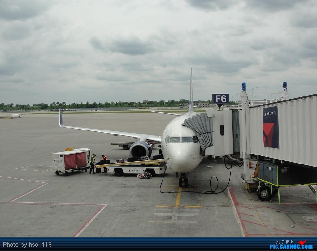 Re:[原创]5月份的回国,冷饭必须炒了。KMSP-KSEA-ZBAA-ZHHH. BOEING 737-800  美国明尼阿波利斯—圣保罗机场