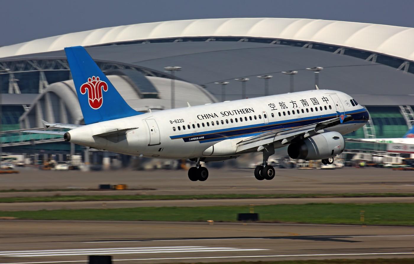 Re:★ ★ ★ ★ ★ 动感 & 尾流,一样都不能少 ★ ★ ★ ★ ★ AIRBUS A319-100 B-6220 中国广州白云机场