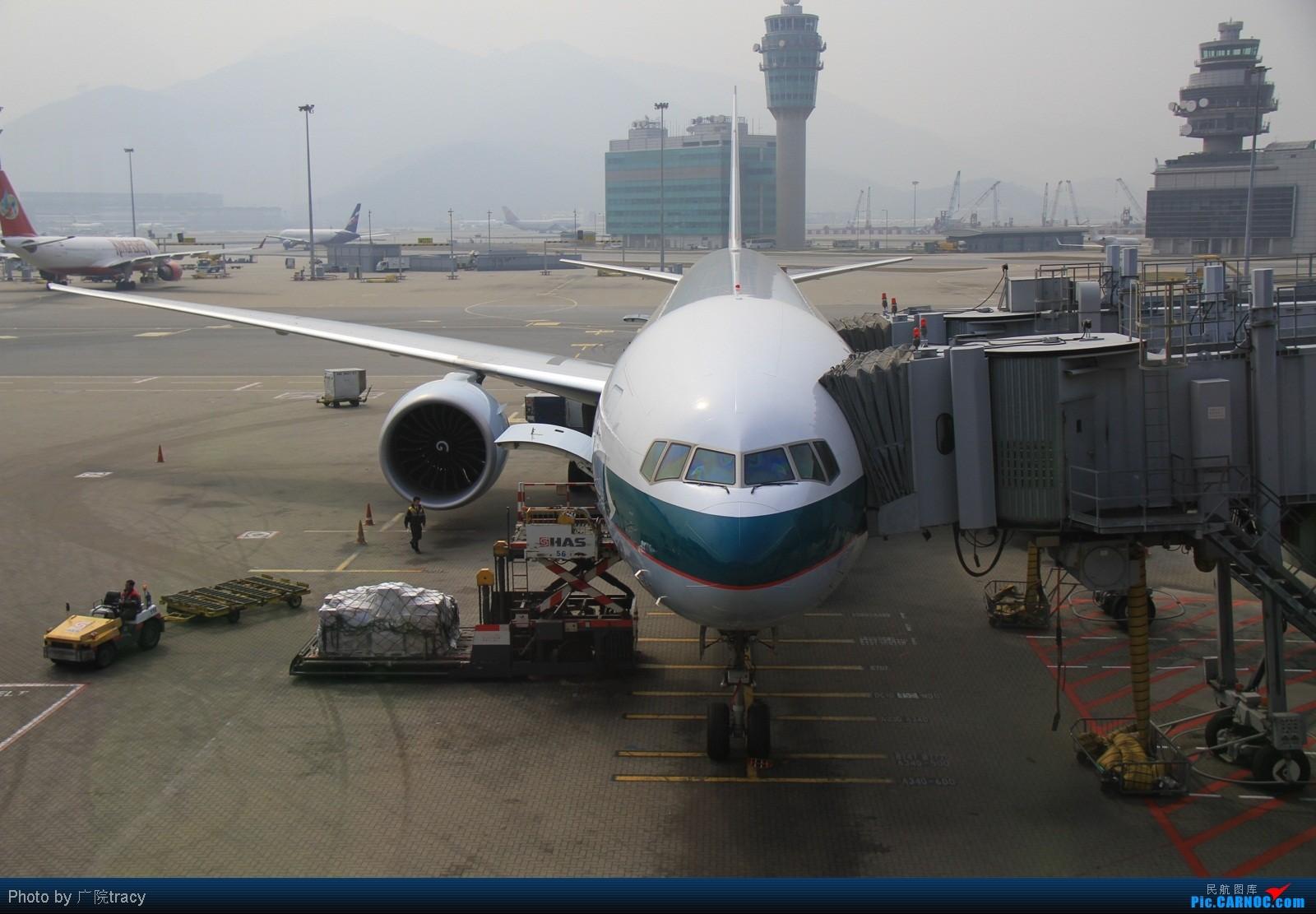 Re:刚才登错账号了!!!香港拍机,发现政府飞行服务队附近也是个好地方啊!!!    中国香港赤鱲角国际机场