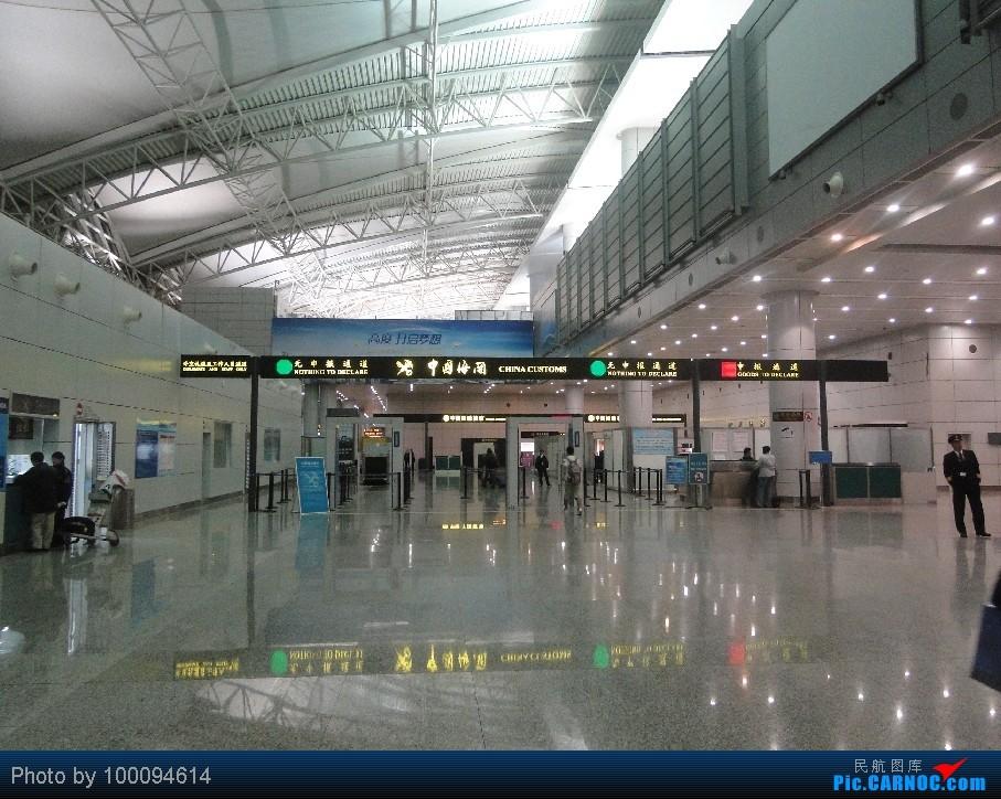 Re:[原创][100094614游记-29] 伪文艺青年2012两舱里程票日韩行 第四集 尾声, 全日空商务舱, 大年二十八的NH933商务舱, 回家过年~~给各位拜年~~    中国广州白云机场