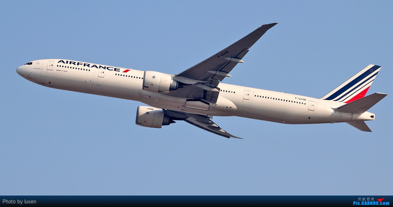 Re:[原创]大年初四PEK的各种肚皮照 BOEING 777-300ER F-GSOE PEK