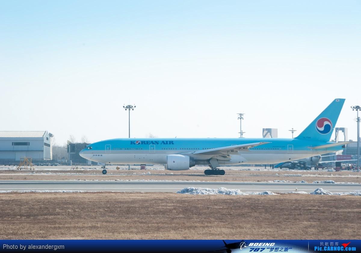 Re:[原创]【SHE】上午桃仙机场随拍~757斯基等~ BOEING 777-200 HL-7766 中国沈阳桃仙机场