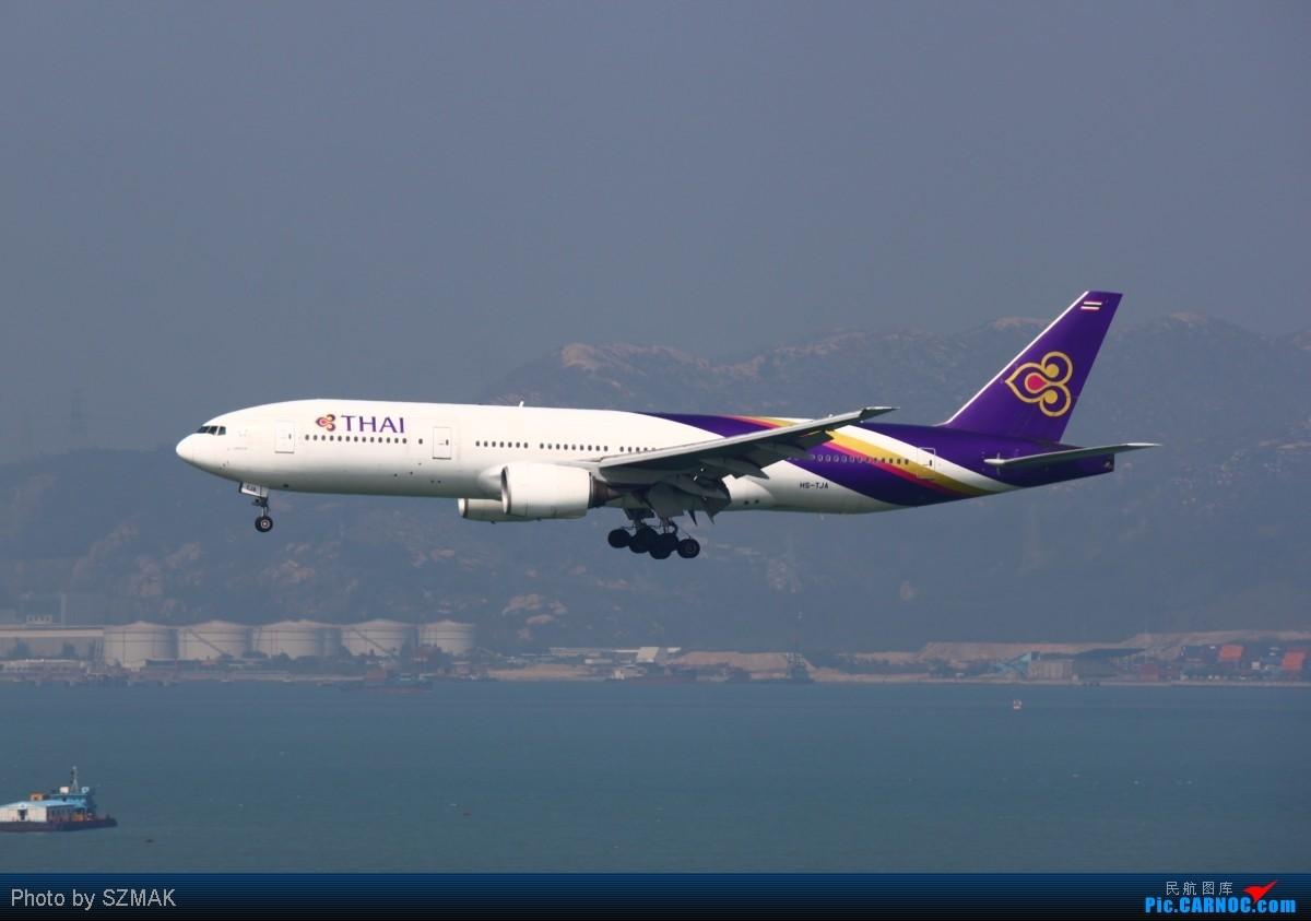 Re:2012年第一次香港机场拍机,可是天气挺一般的!国泰100th和one World BOEING 777-2D7 HS-TJA 中国香港赤鱲角国际机场