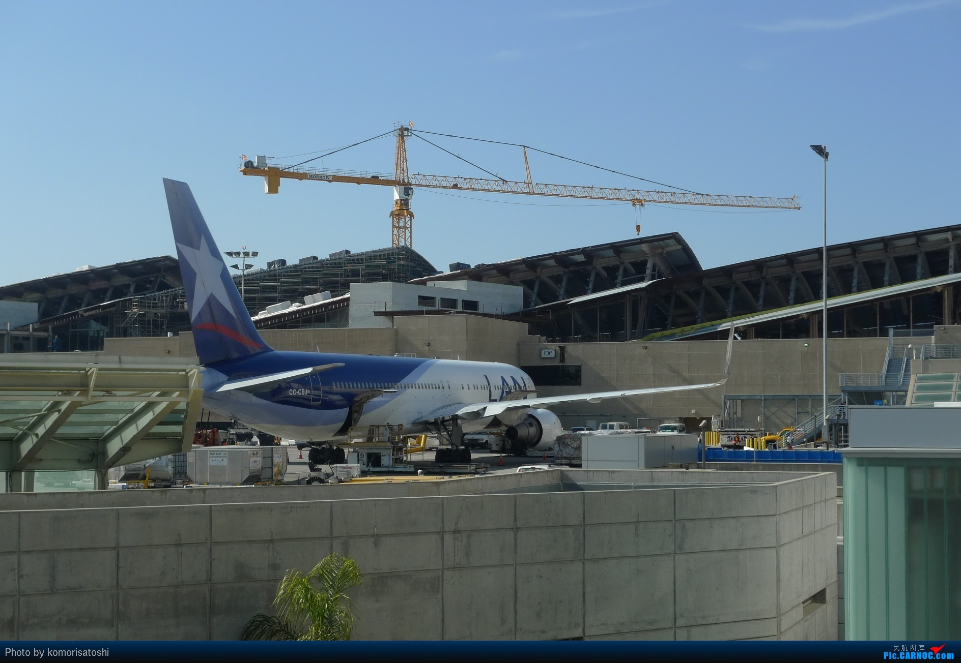 Re:[原创]新手第一帖,LAX随拍+AA183,767小翼好漂亮、、、、、 BOEING 767-300 CC-CBJ