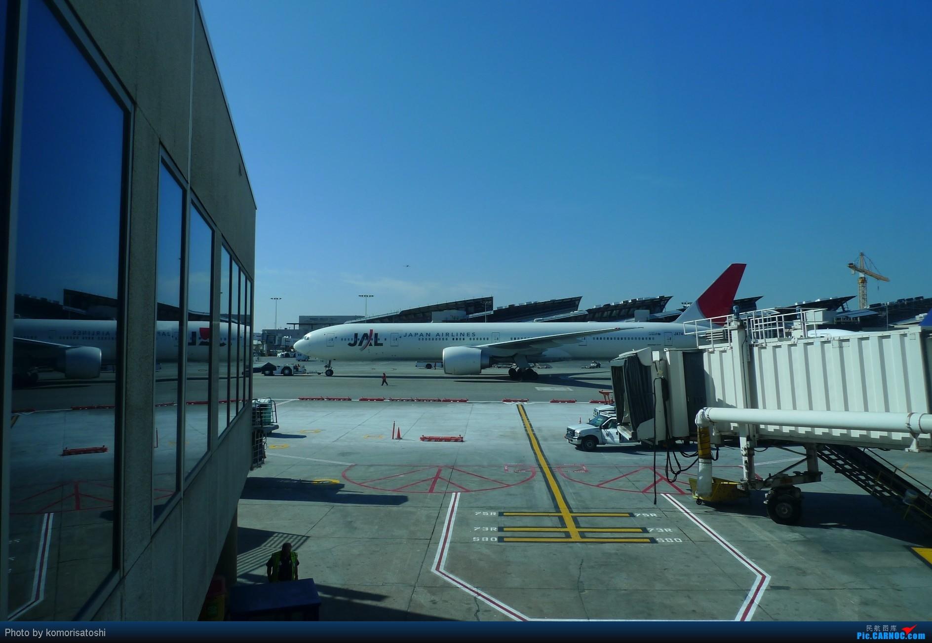 Re:[原创]新手第一帖,LAX随拍+AA183,767小翼好漂亮、、、、、 BOEING 777-300 JA741J