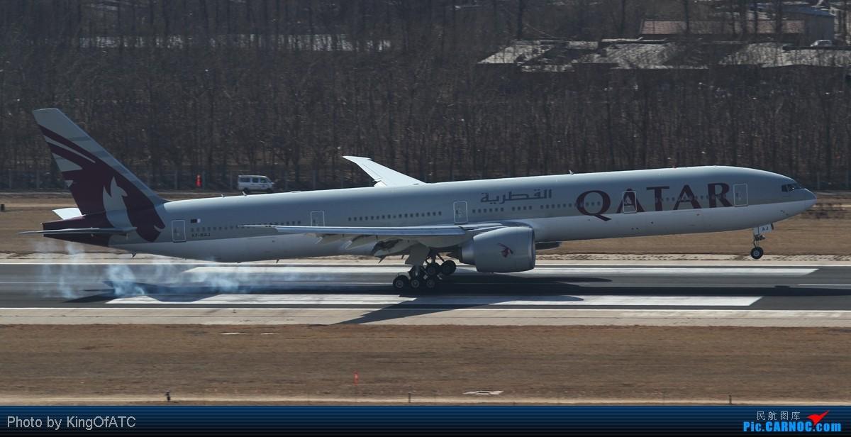 Re:[原创]**PEK好天!CAVOK!!**得瑟得瑟大飞机吧 BOEING 777-300ER A7-BAJ 中国北京首都机场