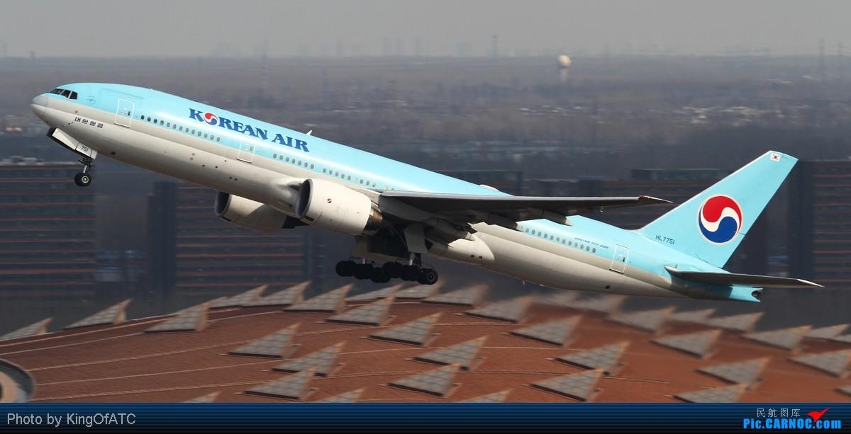 Re:[原创]**古怪的PEK天气**紫宸相见,光线都Hold不住了 BOEING 777-200 HL7751 中国北京首都机场