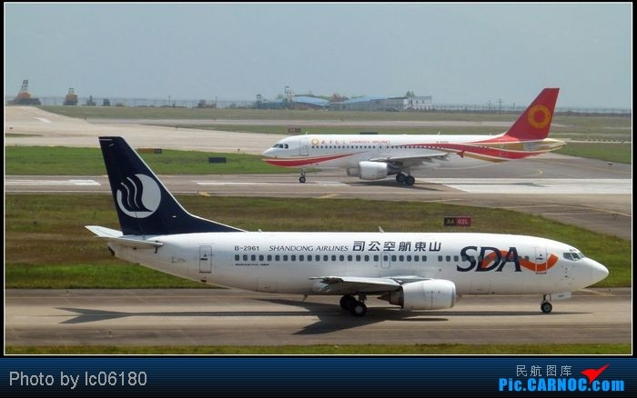 Re:[原创]【新手拍机】CKG·重庆 BOEING 737-300 B-2961 中国重庆江北机场