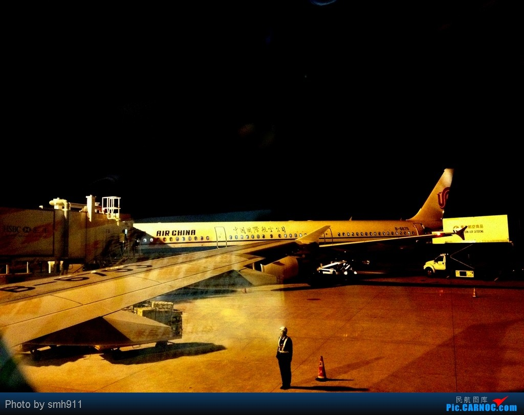 Re:[原创]跳跳橙的2012灰行游记:星星照我行天下之爽爽的贵州。清明假期重归凤凰,巧遇凤凰西南第50架空壳灰机。 AIRBUS A320-200 B-6793 中国上海浦东机场