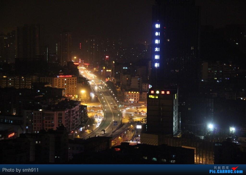 Re:[原创]跳跳橙的2012灰行游记:星星照我行天下之爽爽的贵州。清明假期重归凤凰,巧遇凤凰西南第50架空壳灰机。