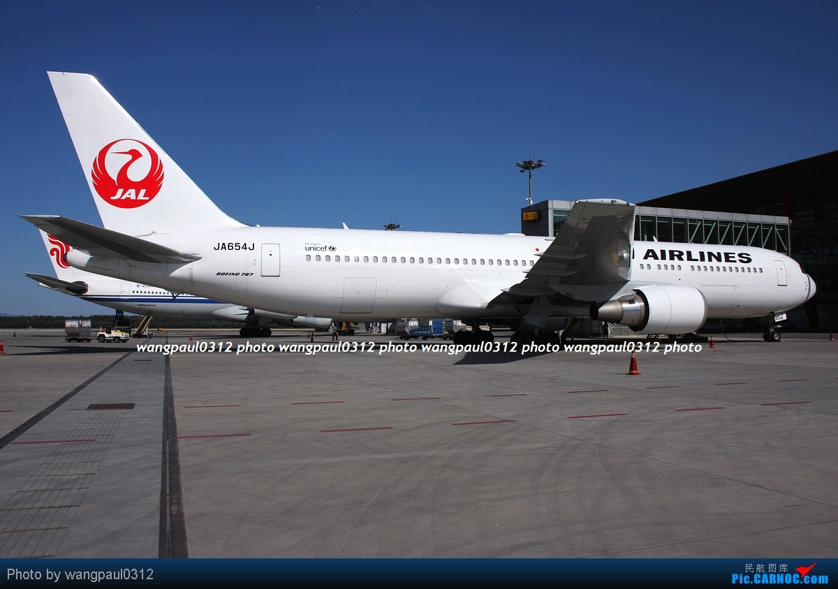 Re:[原创]一组广角拍摄的灰机照片 BOEING 767-346ER JA654J 北京首都国际机场