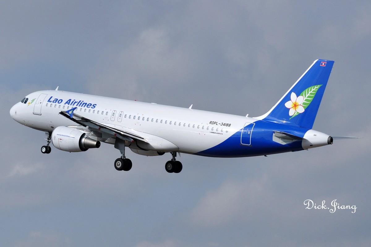 """如果你看到它 拍到它 请对着已长眠在米苏拉塔的卡扎菲先生说句""""谢谢"""" AIRBUS A320-214 LAPD-34188 中国昆明巫家坝机场"""