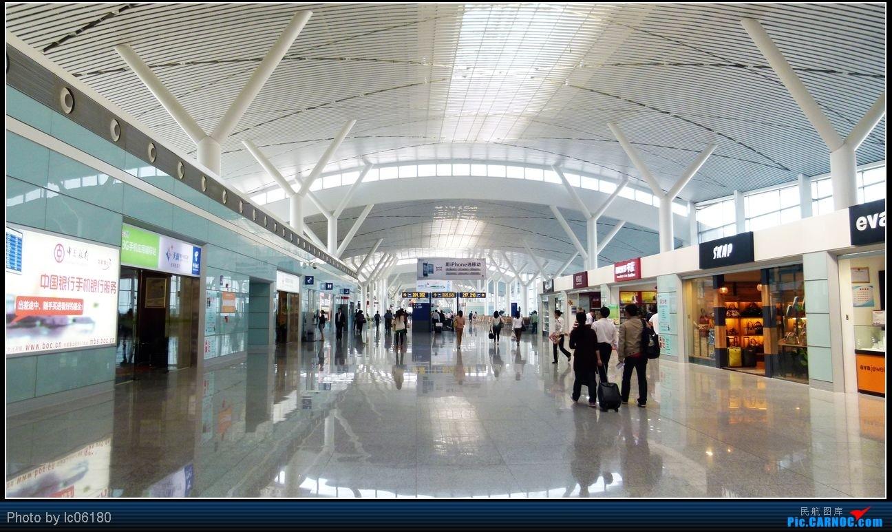 Re:[原创]从KHN到CKG  3U8960    中国南昌昌北机场