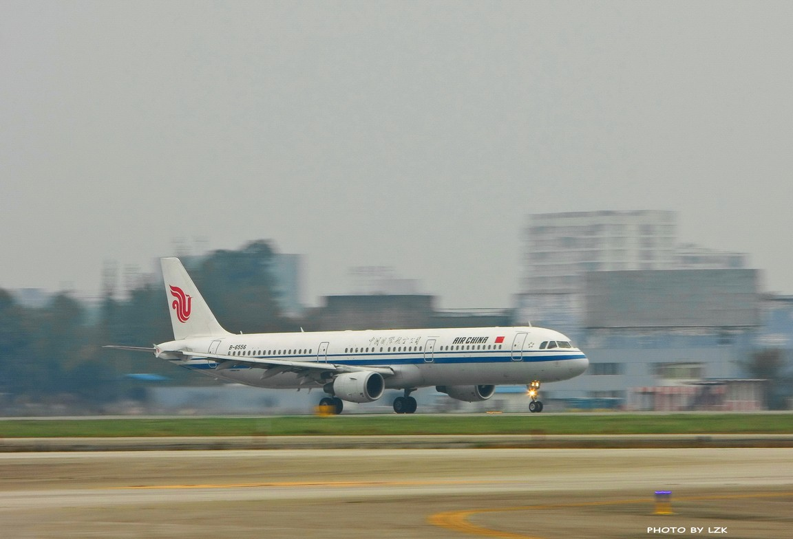 Re:[原创]双流机场02L内场拍摄(多图79P) AIRBUS A321 B-6556 ZUUU