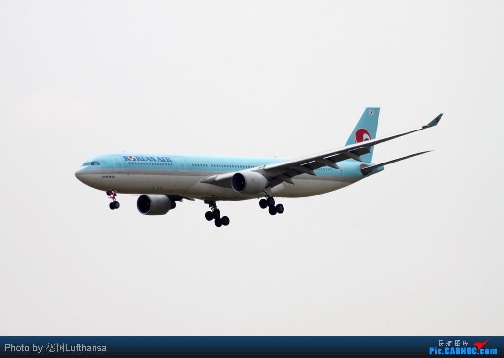 Re:[原创]白云机场拍飞机 AIRBUS A330-300 HL7584