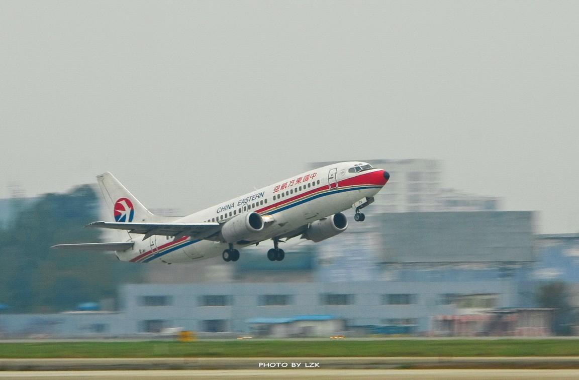 Re:[原创]双流机场02L内场拍摄(多图79P) BOEING 737  ZUUU