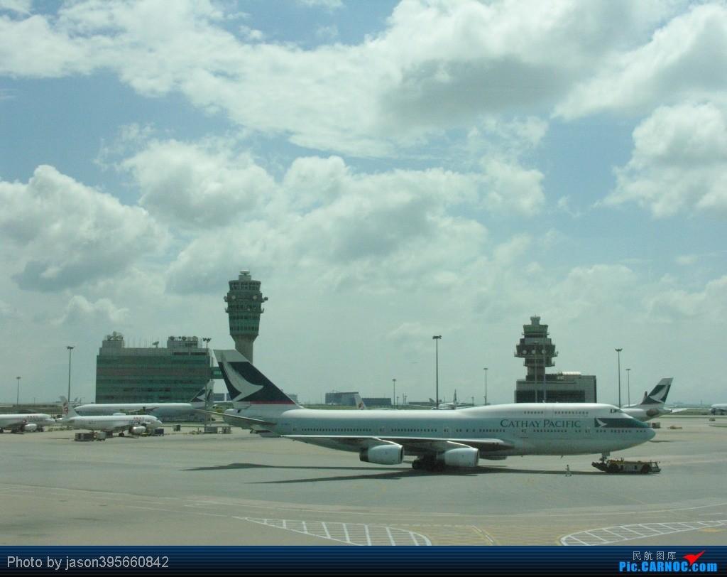 Re:[原创]11年游记 HKG-KUL 新人首篇游记 BOEING 747-400 B-HUJ 中国香港赤鱲角国际机场