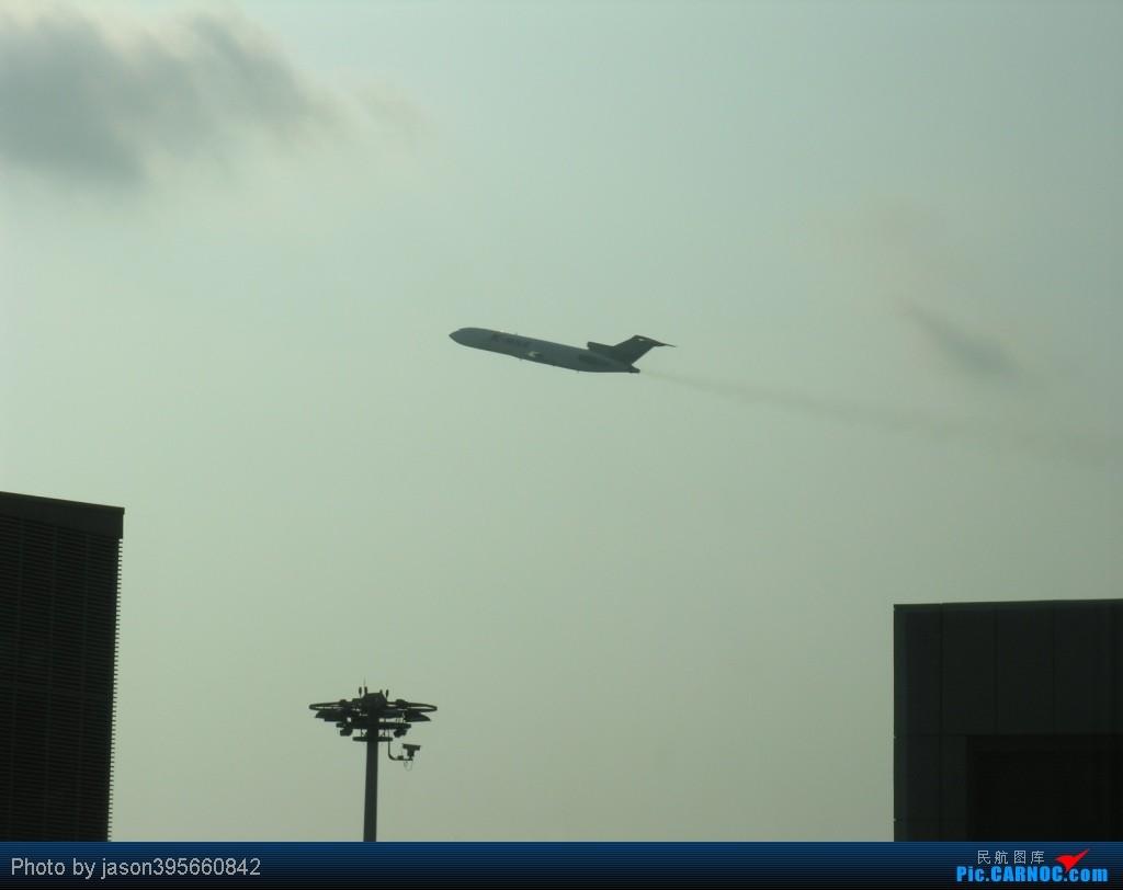 Re:[原创]SIN-HKG  新马交流营完结~回国~ BOEING 727-200F  新加坡樟宜机场