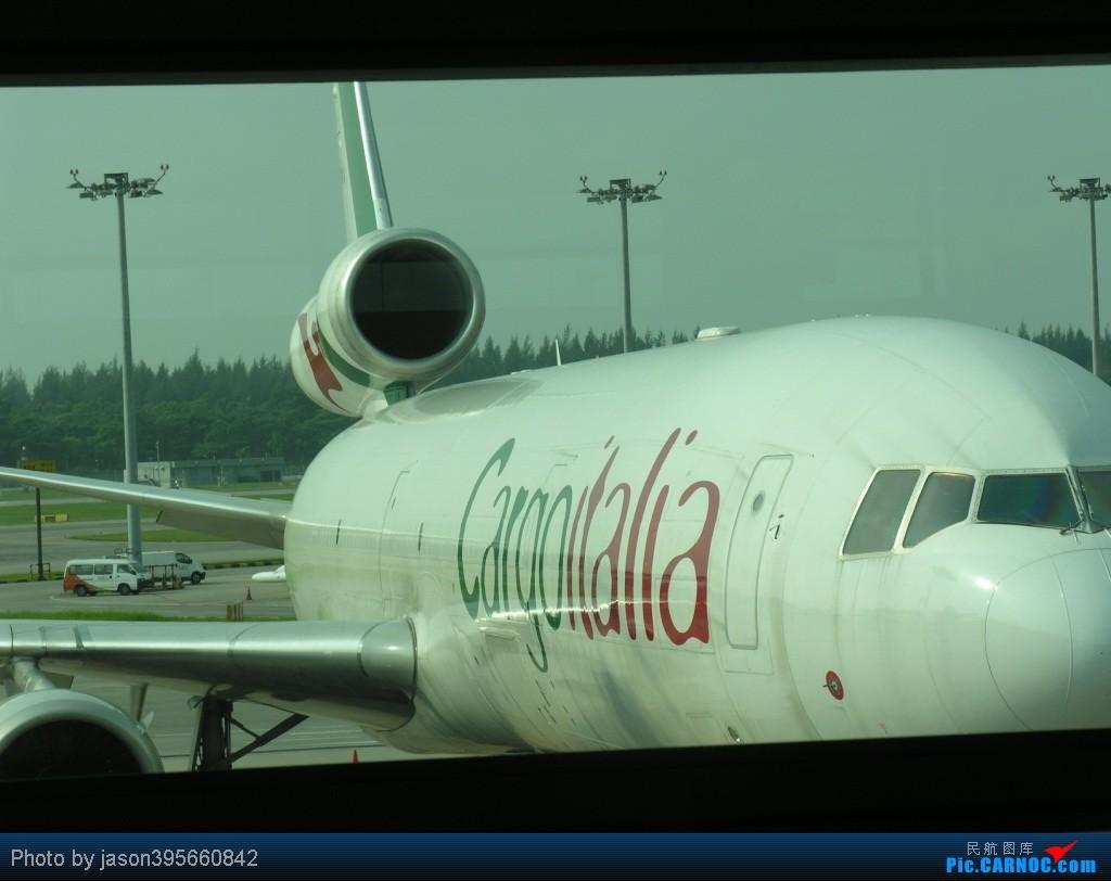 Re:[原创]SIN-HKG  新马交流营完结~回国~ MCDONNELL DOUGLAS MD-11F EI-EMS 新加坡樟宜机场