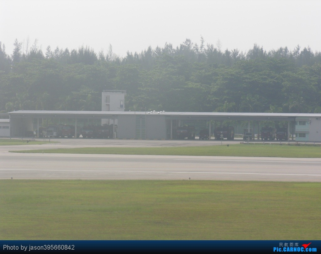 Re:[原创]SIN-HKG  新马交流营完结~回国~ BOEING 777-200 9V-SVN 新加坡樟宜机场 新加坡樟宜机场